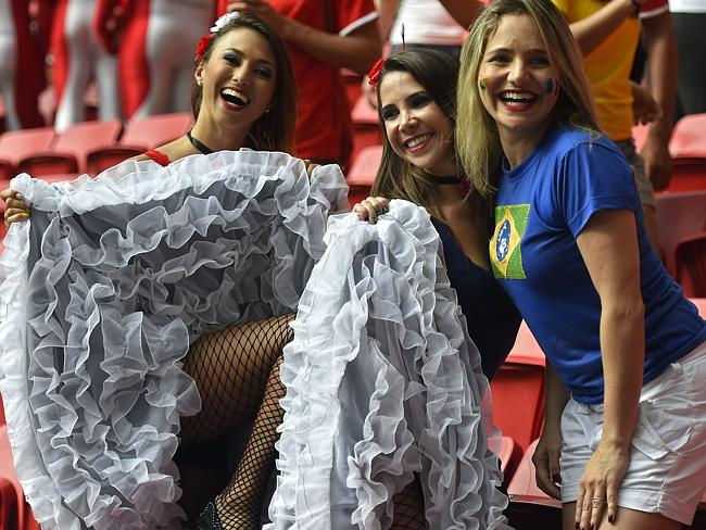 Hot-world-cup-fans-2014-10022