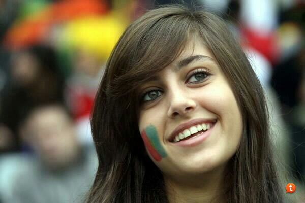 Hot-world-cup-fans-2014-10025