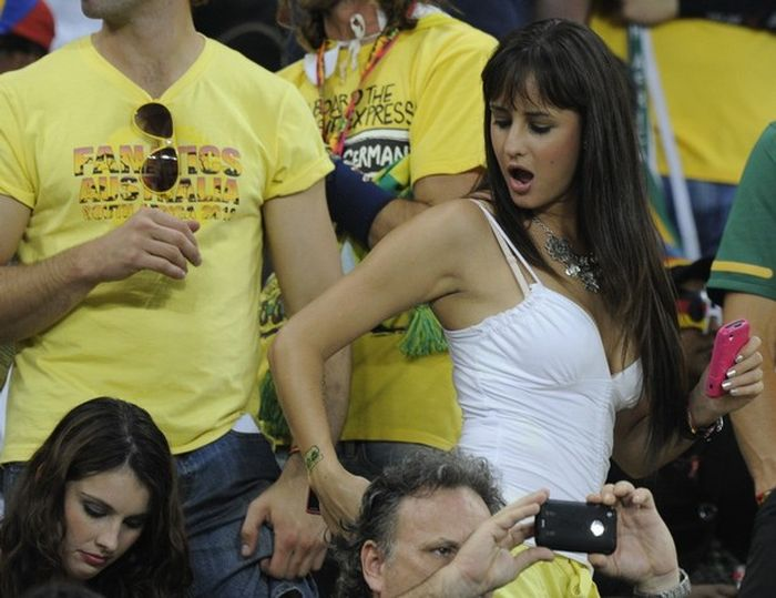 Hot-world-cup-fans-2014-10033