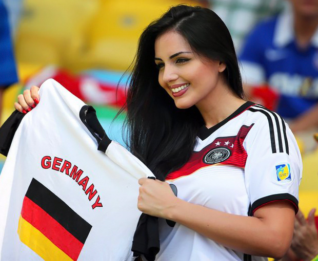 Hot-world-cup-fans-2014-10044